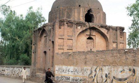 Beeja di qabr: Crumbling historic landmark awaits restoration