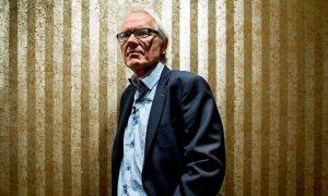 Lars Vilks: The man behind blasphemous sketches killed in car crash