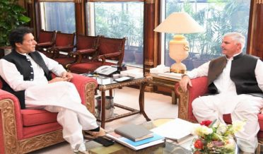 imran khan meeting with mahmood khan